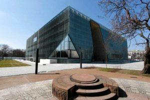 z13765934qbudynek-muzeum-historii-zydow-polskich