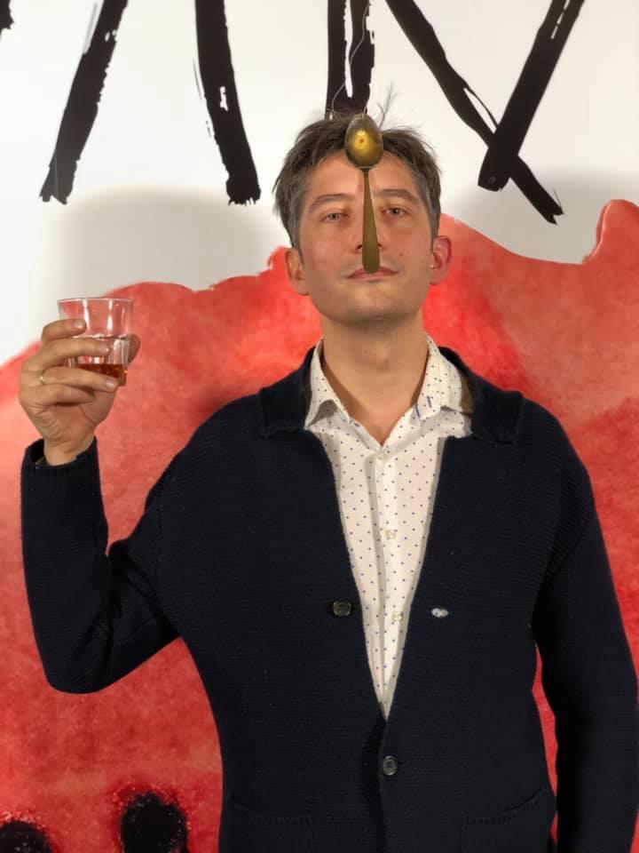 """Вулкан"". Роман Бондарчук о критиках, ложках и aбсурде жизни(Видео)"